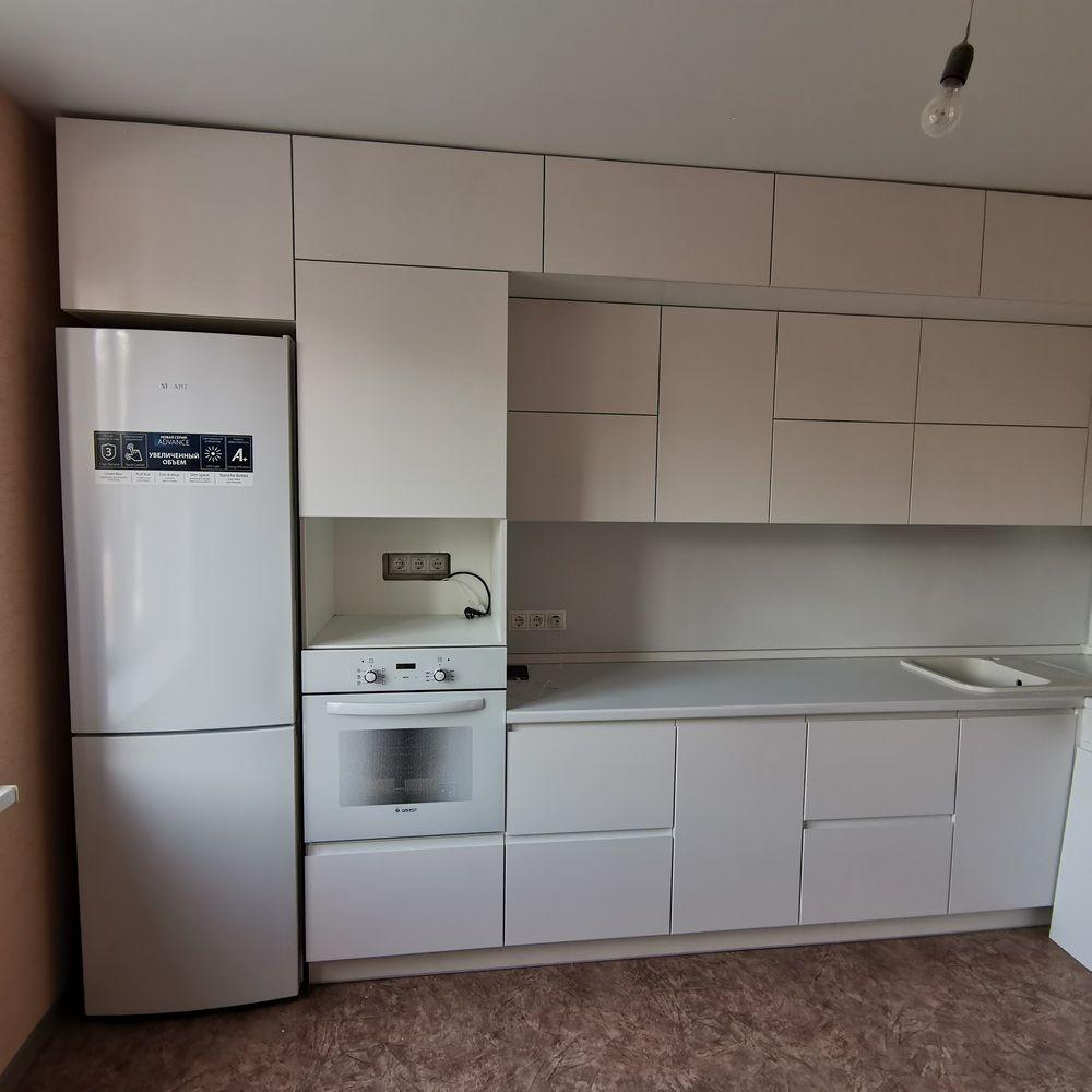Белый кухонный гарнитур-Кухня МДФ в эмали «Модель 561»-фото3