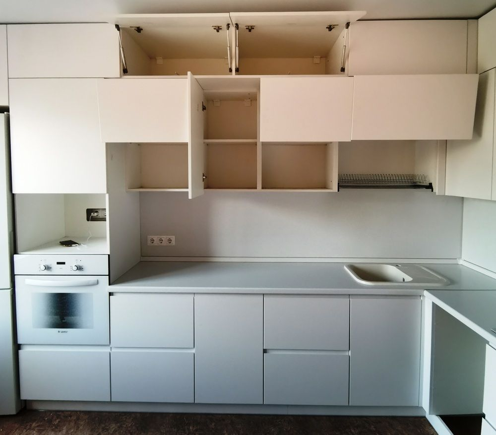 Белый кухонный гарнитур-Кухня МДФ в эмали «Модель 561»-фото4
